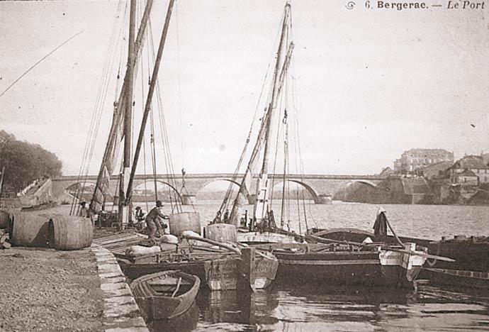 Embarquement des vins de Bergerac sur le vieux port
