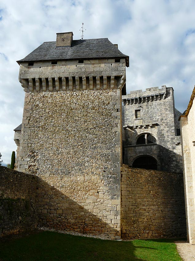 chateau-ajat-dordogne