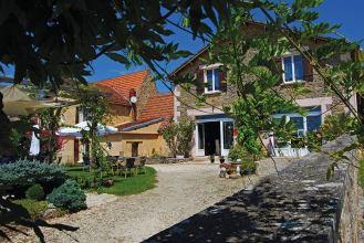 Auberge-de-Peyssou-exterieur