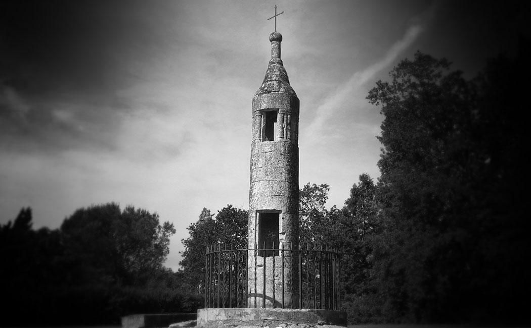 Les lanternes des morts en Périgord