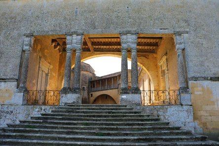Chateau-de-Biron-Au-Fil-du-Temps-4