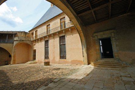 Chateau-de-Biron