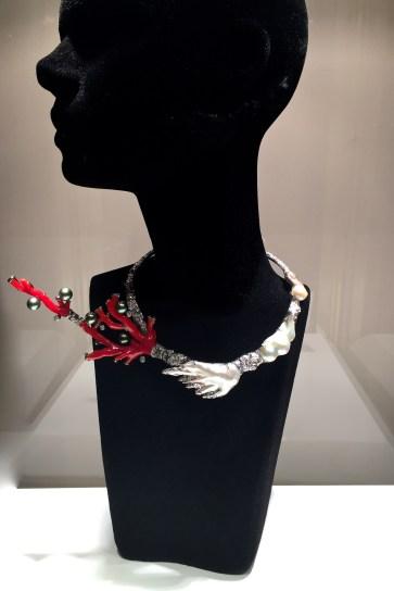 "Collier ""Mei"" Corail, Perles tahiti, Diamants, Or. © ejcw"