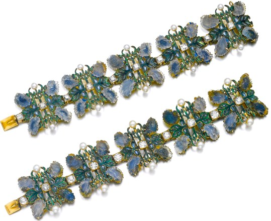 René Lalique Paire de Bracelets Émail, Verre Opalescent, Diamants, Or 1900