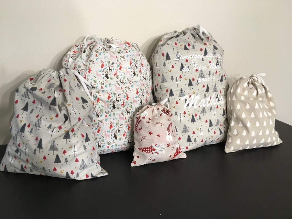 sacs papiers cadeaux en tissu