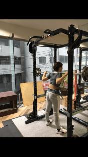 正しいスクワット 横浜 パーソナルトレーニング エスクァティア