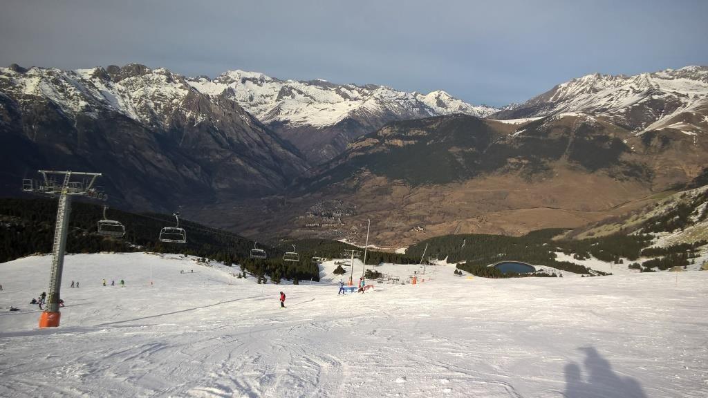Rincón del Cielo AramónCerler Esquia Con Peques
