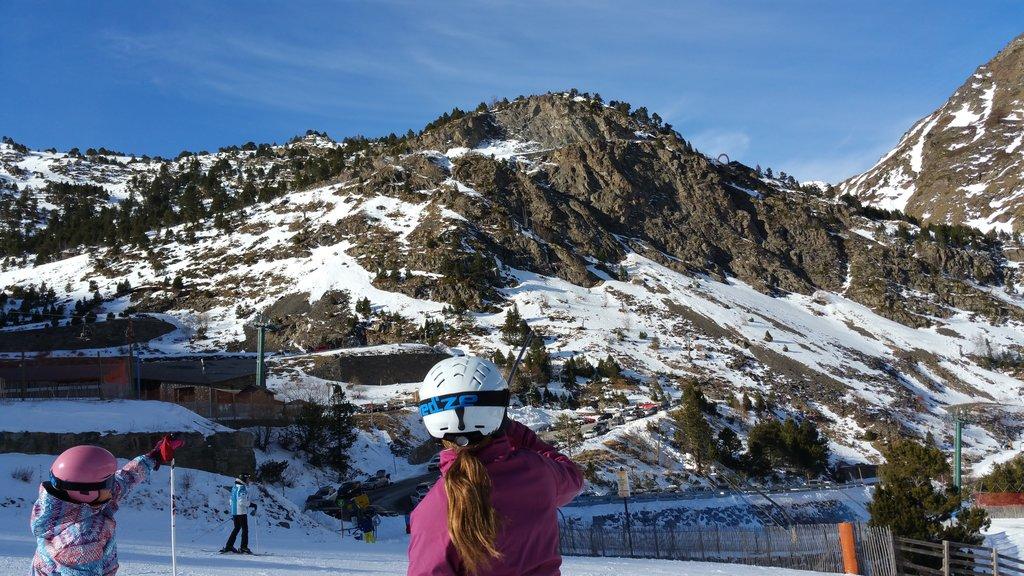 Esquia con Peques Puente Inmaculada Niños Peques Nieve Familia 2017 2018