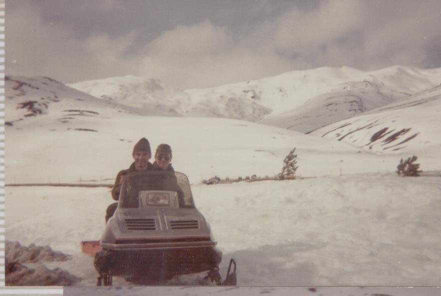 Vehiculo de la compañia que podian usar todos aquellos que no tenian ganas de cojer las pieles de foca par ir a foquear ese dia.
