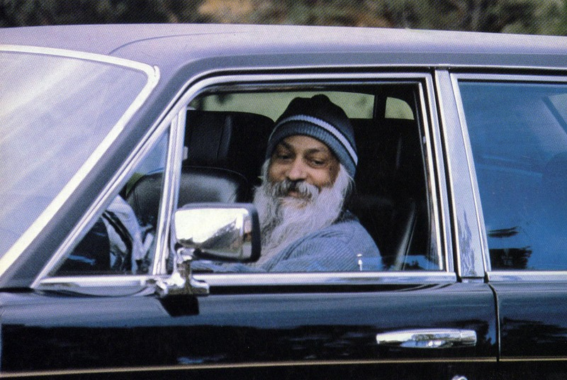 Osho talks about his 96 Rolls Royces
