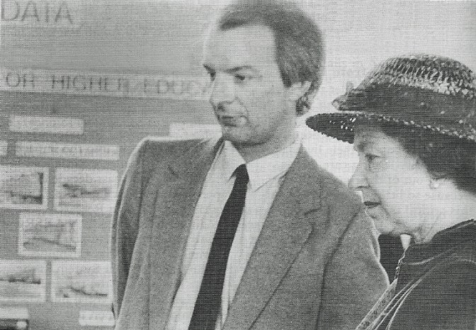 Professor Sir Howard Newby and the Queen at the ESRC Data Archive, University of Eessex, 17 May 1985