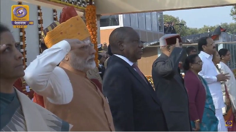 PM and President Saluting the National Flag