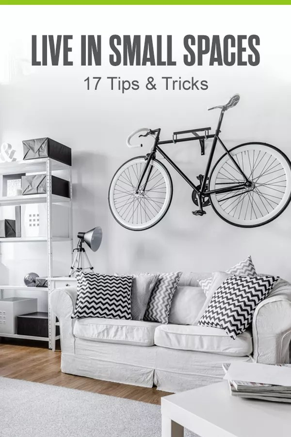 Wondering how to live in a small space? Check out these home organization and storage tips for maximizing the space in your tiny home! via @extraspace