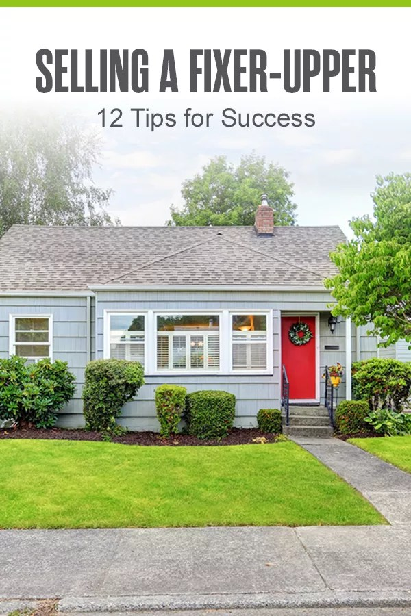 Selling a fixer-upper house? Check out these 12 tips and tricks to get a great offer and sell a home that needs renovations quickly! via @extraspace