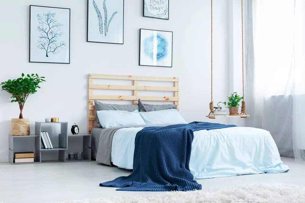 27 simple bedroom organization storage ideas including diy ideas rh extraspace com master bedroom organization ideas small bedroom organization ideas