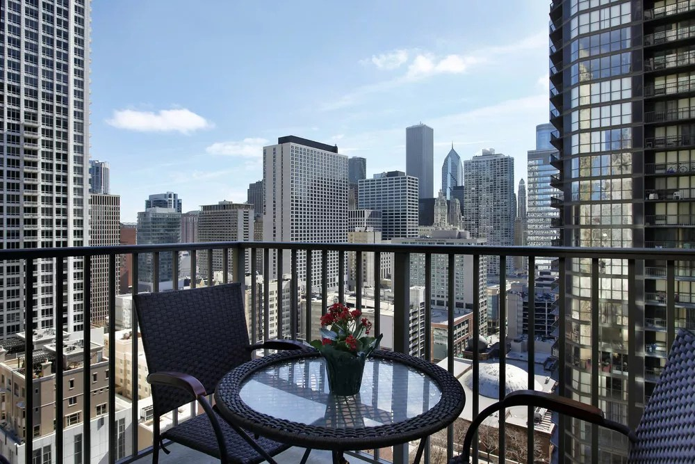 The Advantages & Disadvantages of Buying a Condo via @extraspace