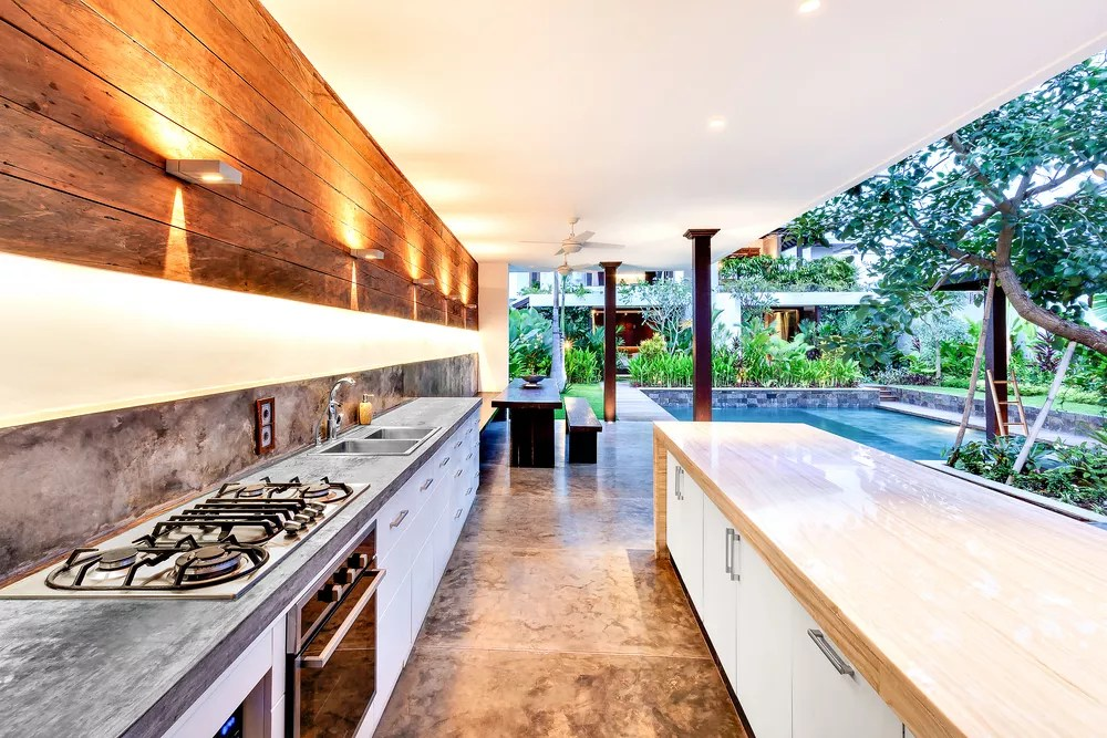 The Complete Guide to Building an Outdoor Kitchen via @extraspace