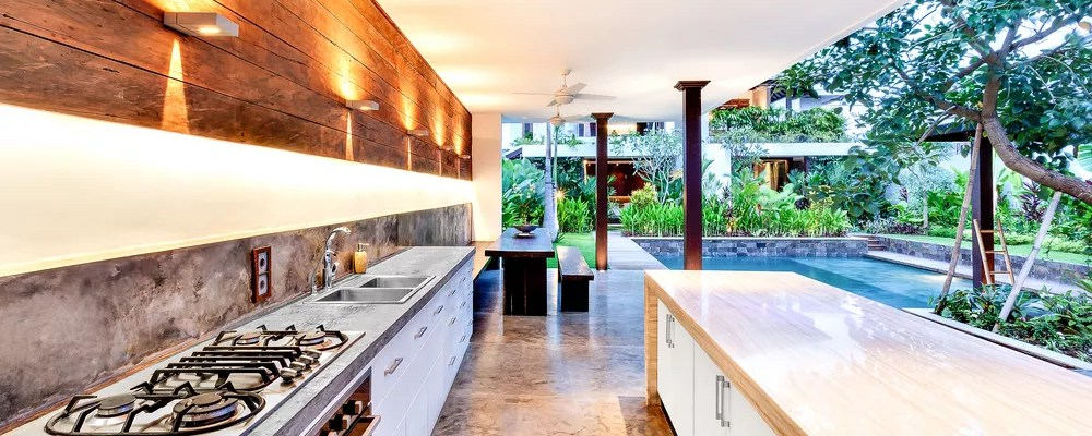 37 Ideas for Creating the Ultimate Outdoor Kitchen | Extra Space Storage