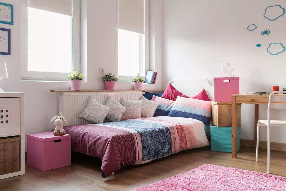 28 Design Ideas for Upgrading Your Teen's Bedroom via @extraspace