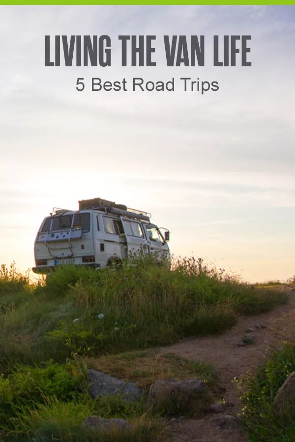 Looking for the best U.S. road trips to take in your van? From locations with free parking and camping to scenic views and charming towns, these are the five best van life road trips for van dwellers! via @extraspace