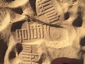 fitflops-beach-branding