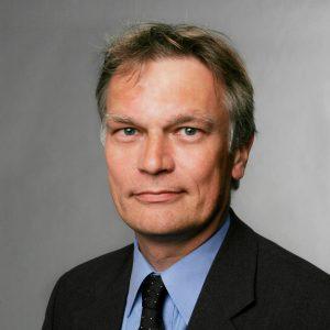 """Prof. Dr. Manuel FrondelBereich """"Umwelt und Ressourcen"""", RU BochumDefizite der Energiewirtschaft [EEF 16]"""