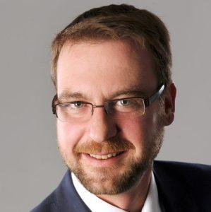 René SchoofUniper Energy Storage GmbHSektorkopplung mit Power to Gas [EEF 17]