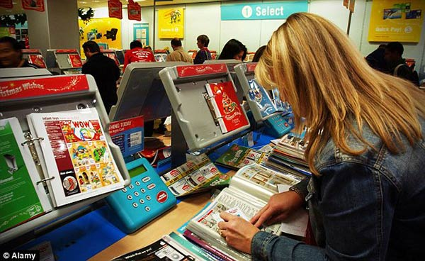 Old Style Argos Shopping Argos Says Goodbye To Traditional Catalogues, Replaces With iPads