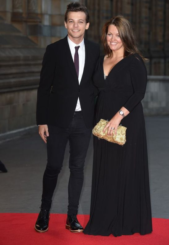 Louis-Tomlinson-and-his-mother-Johannah