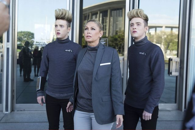Jedward and Kym Johnson in Sharknado 4. Photo © Getty Images