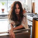 Neighbours Star Bonnie Anderson Shares Video for UK Single 'Sorry'