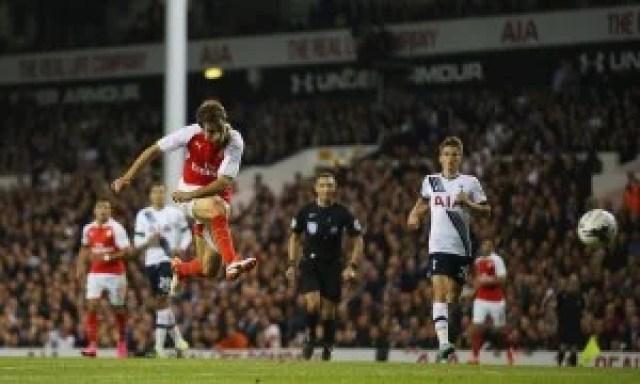Flamini Tottenham vs Arsenal