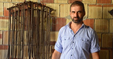 Dimitris Nyktaris, keeper of the tradition of Cretan Rock Rose
