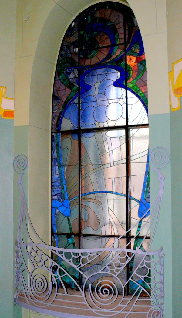 Art nouveau interior design get the style l 39 essenziale for Art nouveau decorating ideas