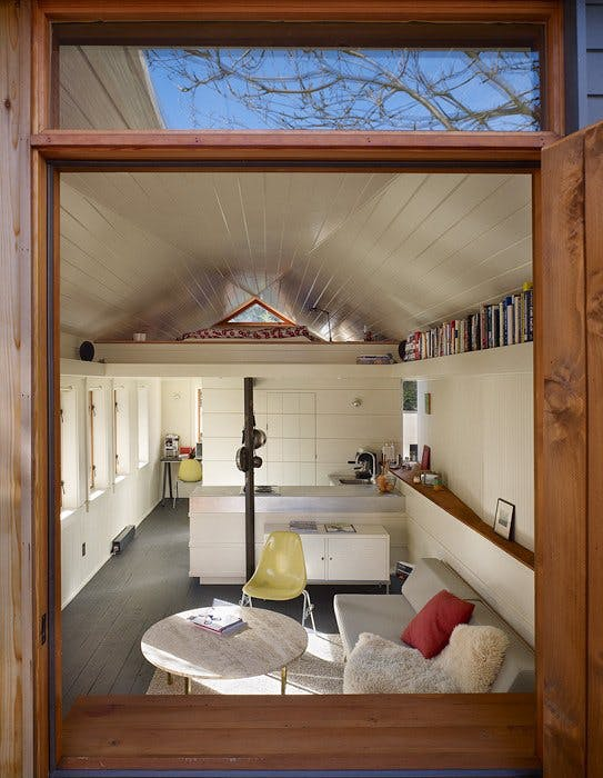 Five ways you could be using your garage but arent unless youre desperate for a complete change of scenery consider simply converting your garage into an extra living space or bedroom solutioingenieria Image collections
