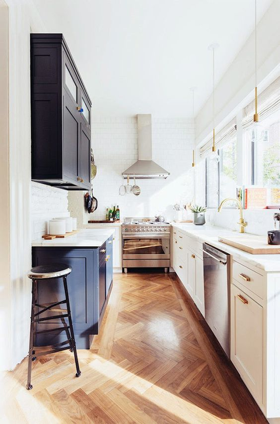Are Hardwood Floors A Good Idea For Your Kitchen? - L ...