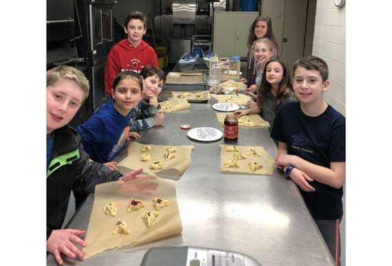 Club TBA makes yummy hamantaschen