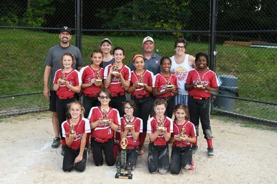 Villagers 10U Red softball team wins Parkway League championship