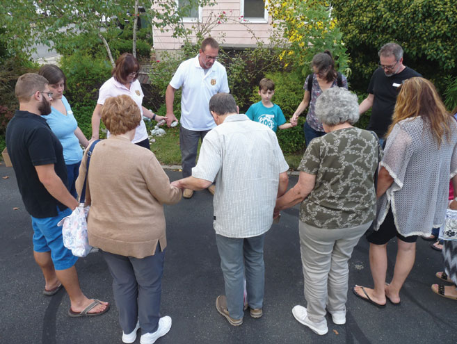 Mourners gather to remember pets who have died