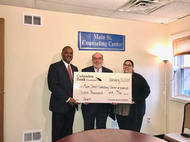 Area bank supports Main Street Counseling
