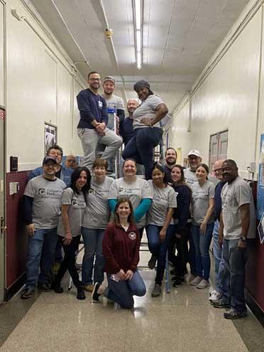 Bank volunteers complete Phoenix Center project