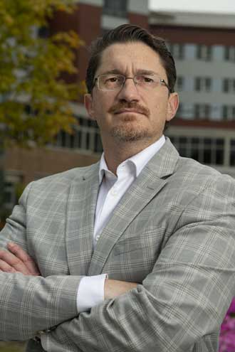 Saint Barnabas Medical Center welcomes new chairman of orthopedics