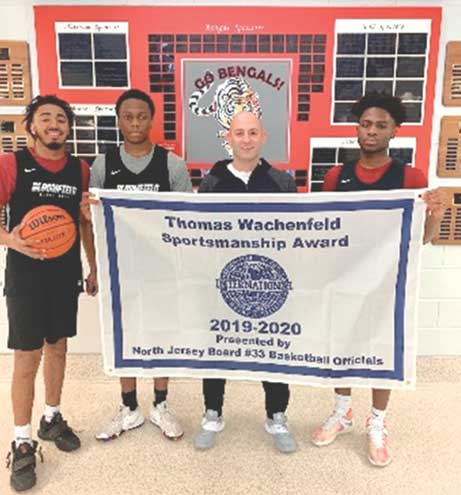 Bloomfield High basketball teams win award for sportsmanship