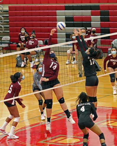Bloomfield girls volleyball wins first round of NJSIAA tournament