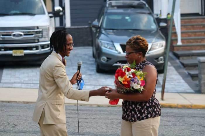 Orange community welcomes new principal to Heywood School