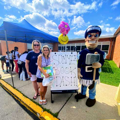 West Orange School District gives away hundreds of books at event