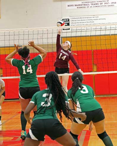 Bloomfield HS girls volleyball team defeats Arts to advance to ECT first round