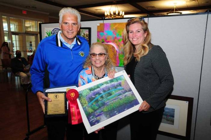 West Orange resident receives awards in Essex senior citizens art show