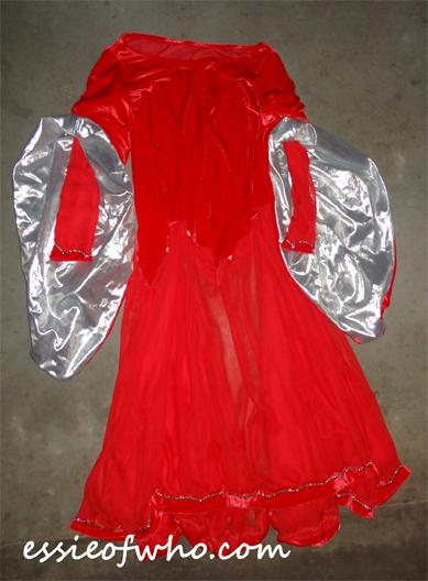 clara robots of sherwood dress