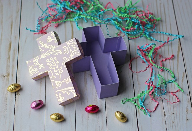 Paper Cross Gift Box Tutorial